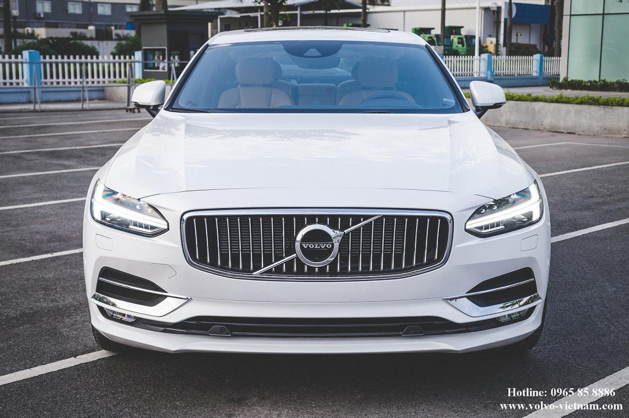 VOLVO S90 2018