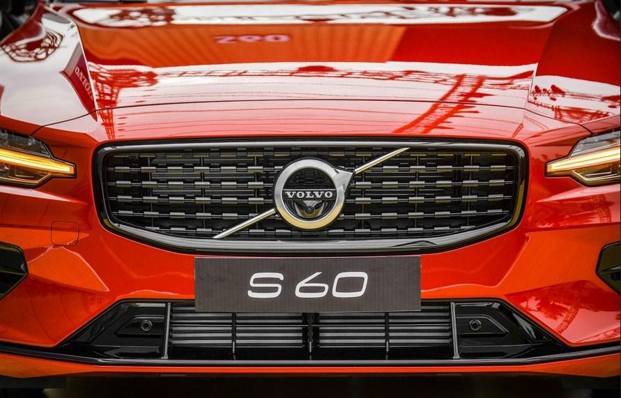 Volvo S60 2022 volvo vietnam (1)